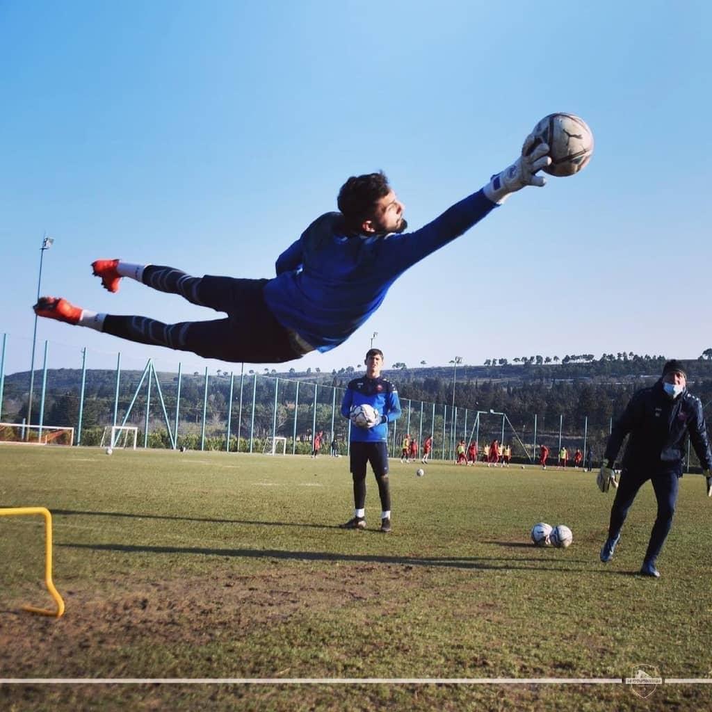 "Giorgi Mamardashvili: ""Playing for a great club like Valencia CF is a huge  opportunity for me"" - Valencia Club de Fútbol"